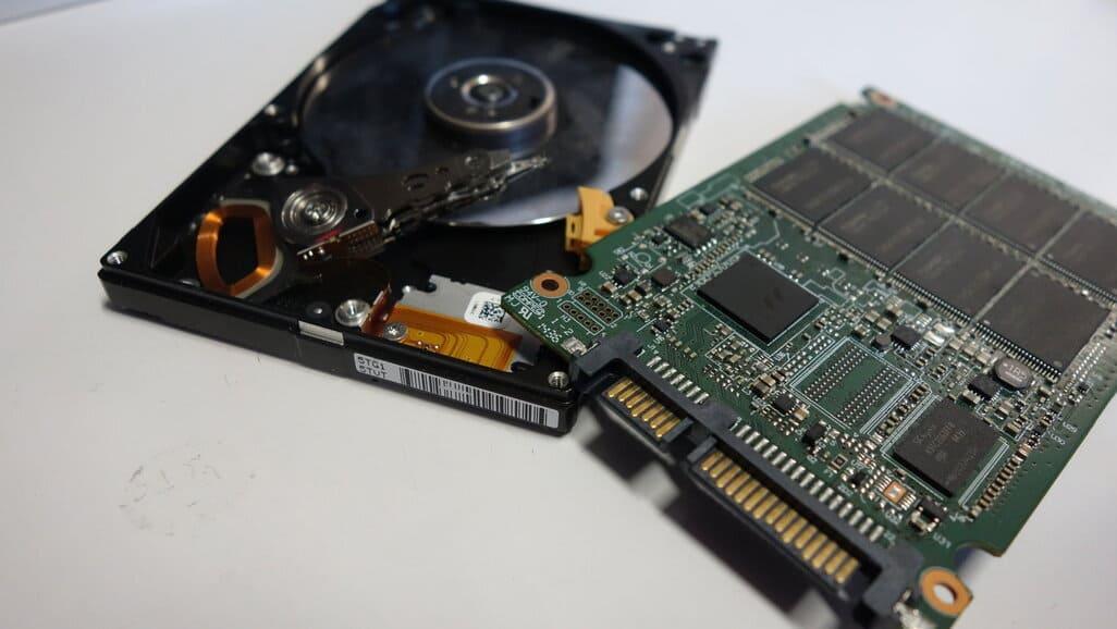 Jak wymienić dysk w laptopie HDD